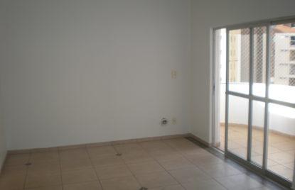 Apartamento com 03 quartos no Setor Oeste