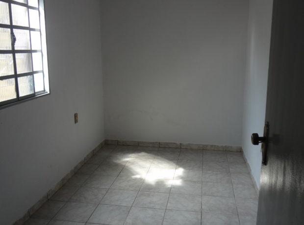 Casa com 03 quartos setor Serrinha