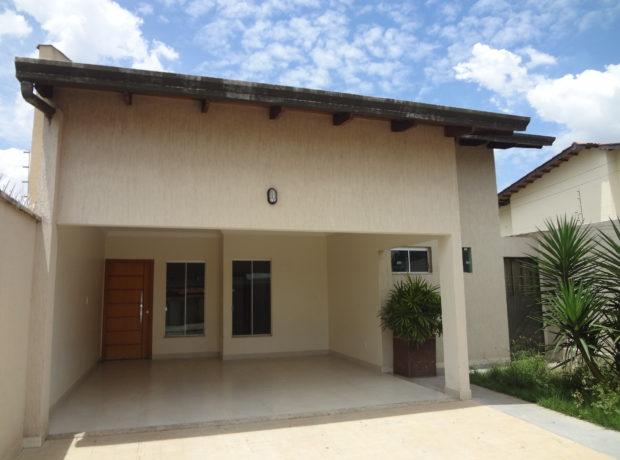 Casa com 03 quartos setor Jardim Presidente