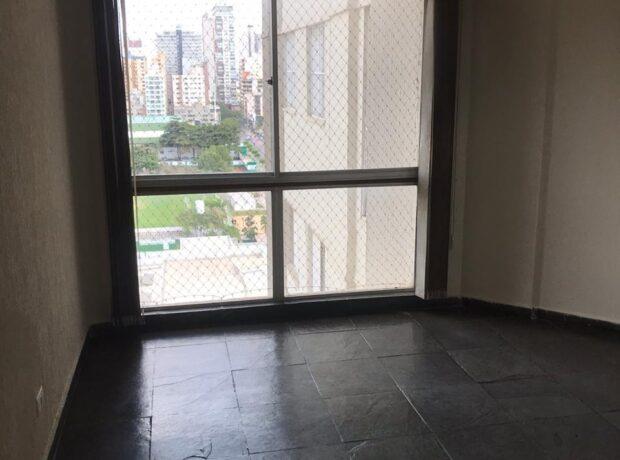 Apartamento com 03 quartos no setor Bela Vista