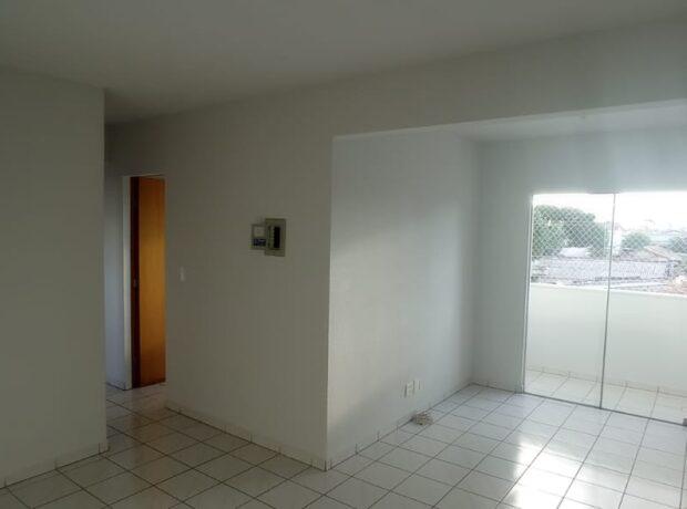 Apartamento com 03 quartos no Residencial Park Buriti setor Jardim Nova Era
