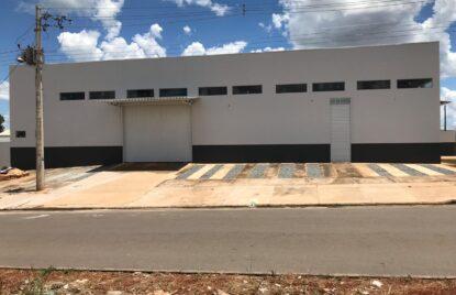 Galpão comercial com 330 m² no setor Parque Primavera